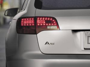アウディ A6アバント 2.8FSIクワトロ (2007年8月モデル)