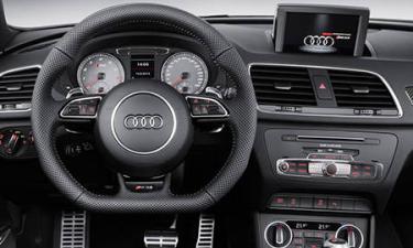 アウディ RS Q3 ベースグレード (2015年5月モデル)