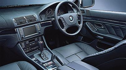BMW 5シリーズ 540i Mスポーツパッケージ (2002年6月モデル)