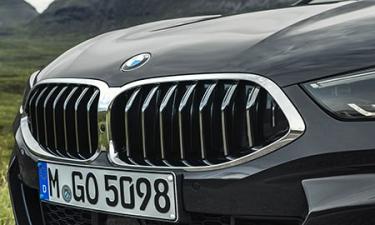 BMW 8シリーズ 840i カブリオレ (2020年4月モデル)