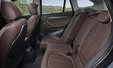 BMW X1 xDrive 20i xライン (2020年8月モデル)