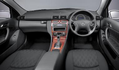メルセデス・ベンツ Cクラス C240 4マチック (2002年10月モデル)
