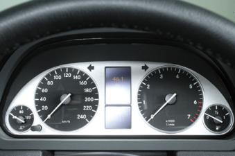 メルセデス・ベンツ Bクラス B180 (2009年8月モデル)