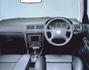 フォルクスワーゲン ゴルフ E (2001年7月モデル)