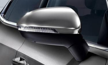フォルクスワーゲン アルテオン TSI 4モーション エレガンス (2020年5月モデル)