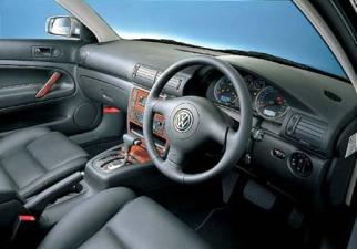 フォルクスワーゲン パサートワゴン V6 4モーション (2002年8月モデル)