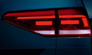 フォルクスワーゲン ゴルフトゥーラン TDI ハイライン (2020年5月モデル)