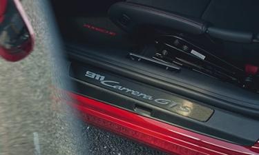ポルシェ 911 911カレラ4GTS カブリオレ (2021年6月モデル)