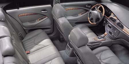 ジャガー Sタイプ 3.0V6 SE (2001年6月モデル)