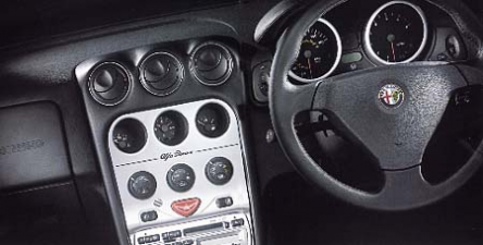 アルファロメオ アルファGTV 3.0 V6 24V (2001年9月モデル)