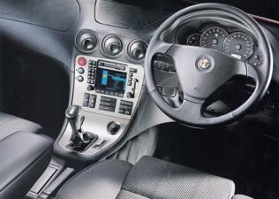 アルファロメオ アルファ166 3.0 V6 24V スポルトロニック (2001年9月モデル)