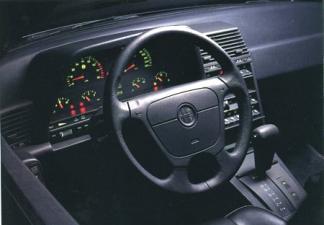アルファロメオ アルファ164 スーパー24V (1995年5月モデル)