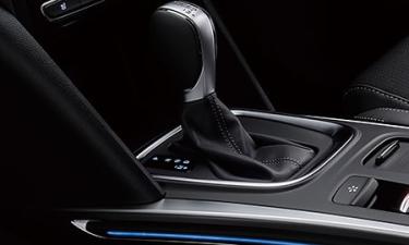 ルノー メガーヌ スポーツツアラー インテンス (2021年8月モデル)
