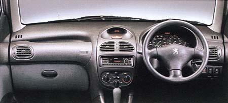 プジョー 206 XT (2001年5月モデル)