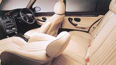 プジョー 406 セダンV6 (2001年5月モデル)