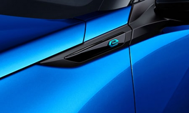 プジョー e-2008 GTライン (2020年9月モデル)