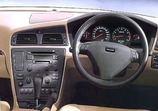 ボルボ S60 2.4 (2001年1月モデル)