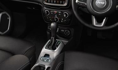 クライスラー・ジープ ジープ・レネゲード リミテッド (2021年8月モデル)