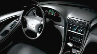 フォード マスタング Gクーペ (2002年2月モデル)