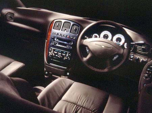 クライスラー クライスラー・ボイジャー LXプレミアム (2001年11月モデル)