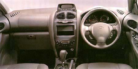 ヒュンダイ サンタフェ 2.4GLS (2001年1月モデル)