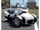 BRP can-am SPYDER F3 LIMITED 2016モデルの画像
