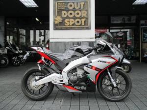 aprilia/RS4 125 SBKモデル