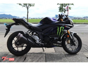 ヤマハ/YZF-R25Monster Energy