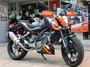 KTM/200デューク ABS  OVERレーシングマフラー等付き