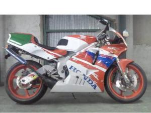 ホンダ/NSR250R SE MC21 白赤