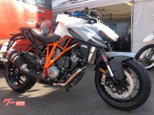 KTM/1290スーパーデュークR