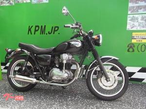 カワサキ/W400 社外マフラー エンジンガード装着