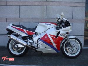 ヤマハ/FZR1000