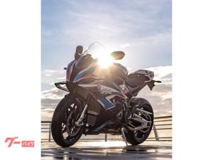 BMW/M1000RR Mコンペティションパッケージ カーボンホイール&ウイングレット LEDヘッドライト ETC2.0 USB