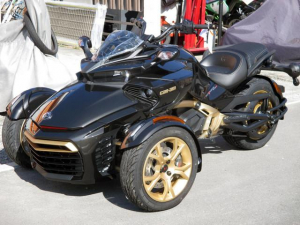 BRP/can-am SPYDER F3-S 10th限定車