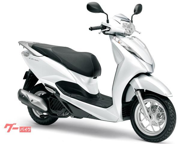ホンダ リード125 国内最新モデル 単色ホワイトの画像(千葉県