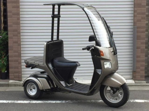 ホンダ/ジャイロキャノピー 4サイクル 全塗装済み リアタイヤ新品付き