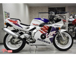 ホンダ/CBR250RR MC22型