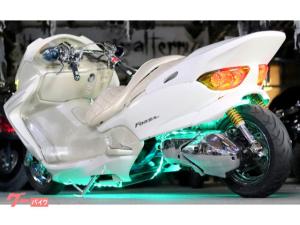 ホンダ/フォルツァ・Z後期型SCfactory製サブフレーム30ロンホイCandyイエローレンズ七色LEDオーディオしゃこたんフルカスタム