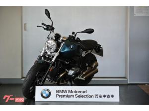 BMW/R nineT ピュア Akrapovicデュアルサイレンサー 純正ニーパッド 純正Classicエンブレム