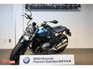 BMW/R nineT ピュア  Akrapovicデュアルサイレンサー  ローダウン・サイドバッグ