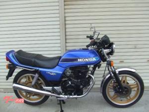 ホンダ/CB400N
