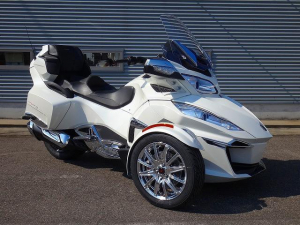 BRP/can-am SPYDER RT LIMITED セミオートマ車 2017年
