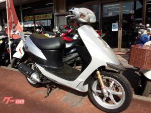スズキ/ZZ 2サイクル 12インチタイヤ シルバー