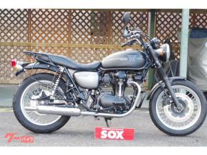 カワサキ/W800 ストリート エンジンガード装備