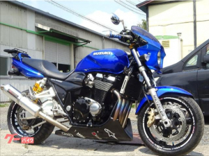 スズキ/GSX1400 ヨシムラ製チタンフルエキマフラー バックステップ オーリンズ製リアサスペンション