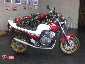 ホンダ/JADE/S CBX赤白仕様 紅白テール 金ホイール