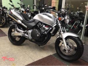 ホンダ/HORNET  2001年燃料メーター付モデル 前後タイヤ新品 チェーン新品 シートアンコ抜き加工済み