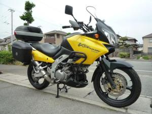 スズキ/V-ストローム1000 GIVIバッグ ETC エンジンガード