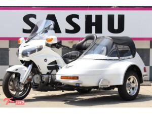 ホンダ/ゴールドウイング GL1800サイドカー